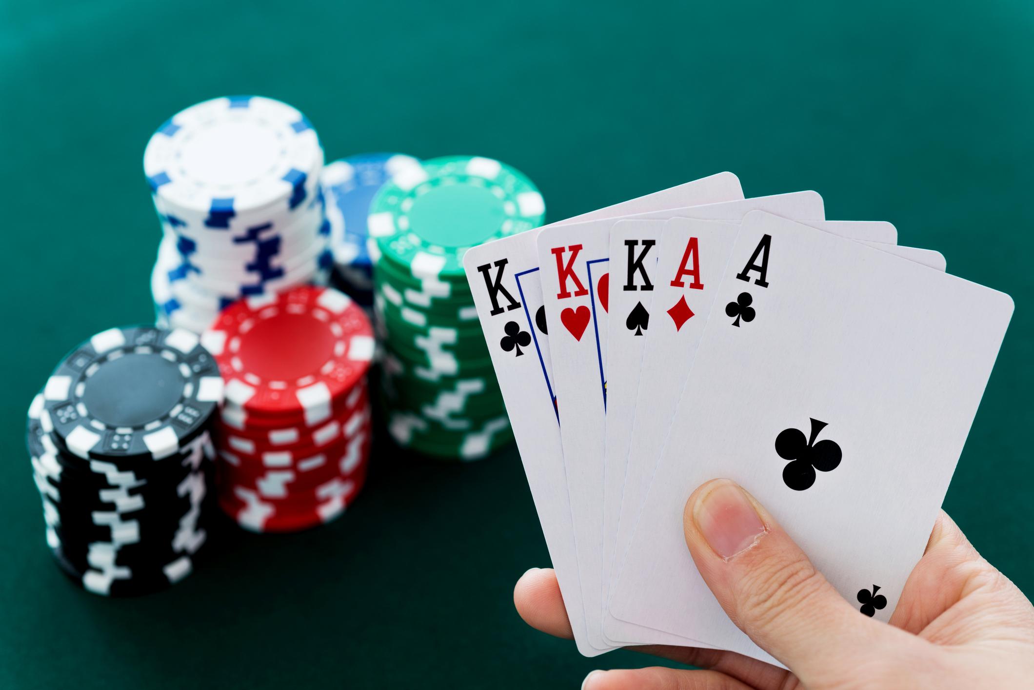 Inovasi Permainan Live Poker Online yang Berkembang saat Ini
