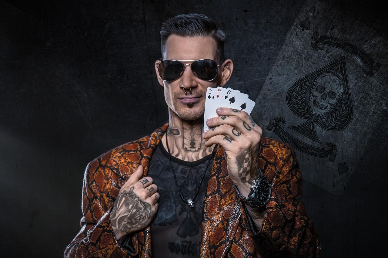 Menghasilkan Uang dari Poker Deposit 5 Ribu dengan Mudah