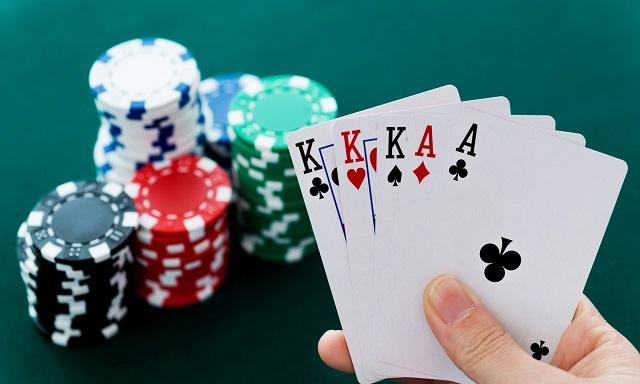 Memenangkan Jackpot Poker secara online hanya mengikuti langkah