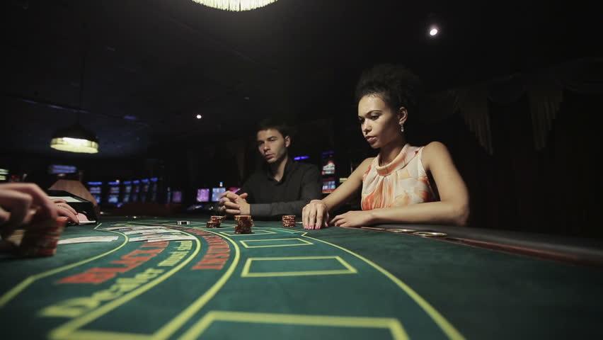 Mengapa Anda harus bermain di situs QQ Poker Tepercaya?