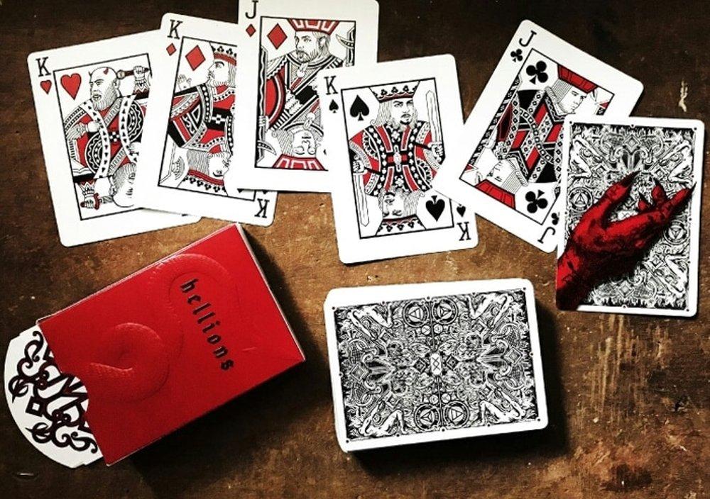 Perbedaan Bermain Permainan Poker Online Android dan Desktop Komputer